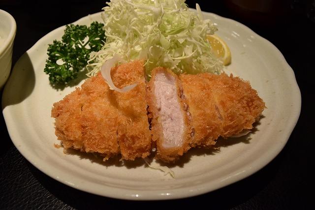 武蔵小山で平日でも行列の「もち豚とんかつ たいよう」のとんかつが美味しすぎる!